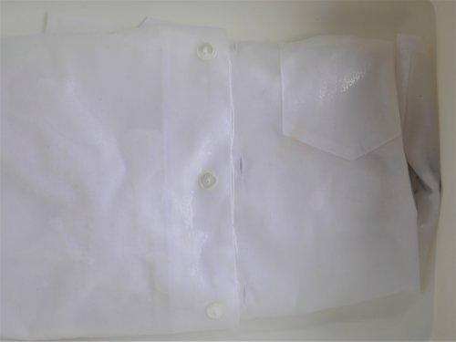 白いシャツ カレー